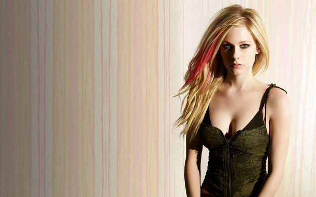 Most Beautiful, Hottest Singers in The World 2016-2017, Top 10 List